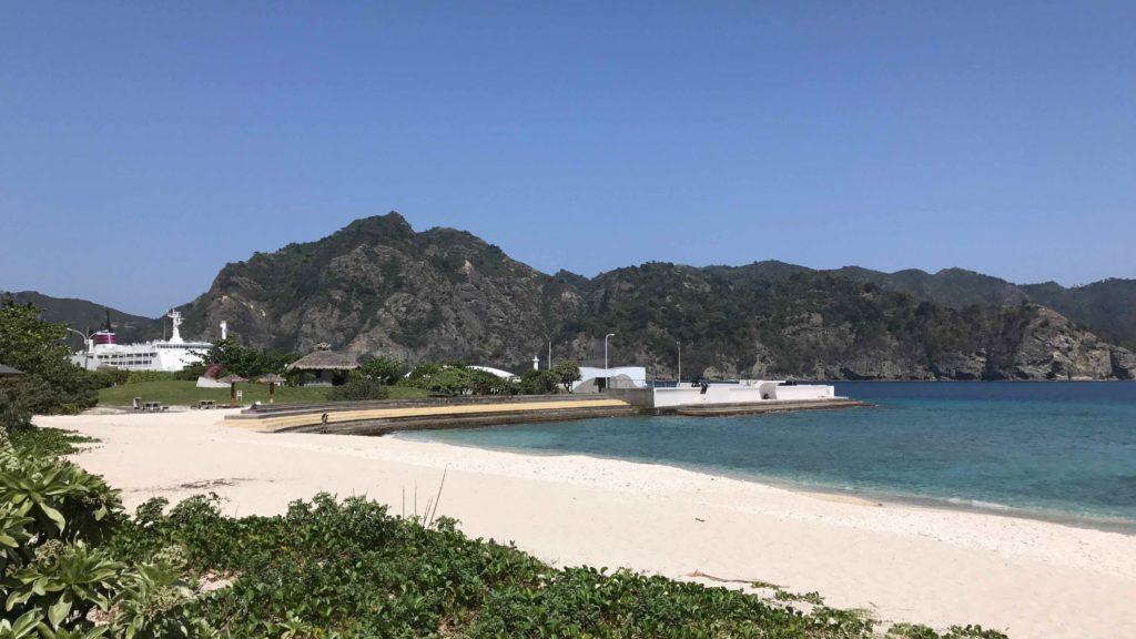 父島の海岸